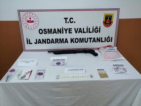 Osmaniyede uyuşturucu operasyonlarında 4 şüpheli yakalandı