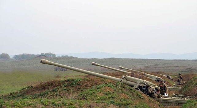 Azerbaycan, Ermenistan güçlerinin saldırısını önledi