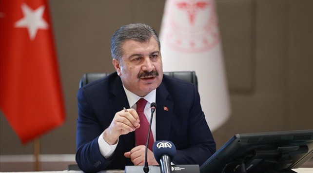Sağlık Bakanı Kocadan 112 çalışanlarına aşure sürprizi