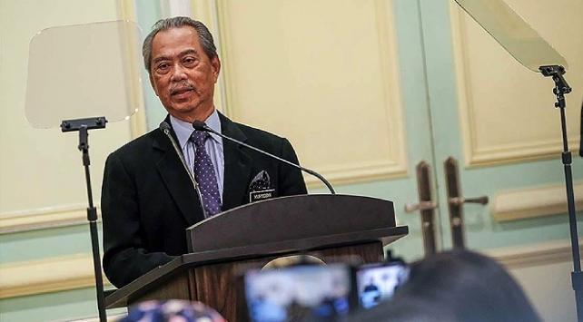 Malezyada Başbakan Muhyiddinin OHAL teklifi reddedildi