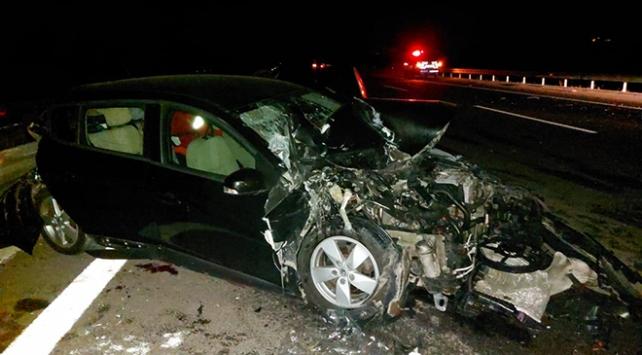 Manisada otomobille kamyonet çarpıştı: 1 ölü, 4 yaralı
