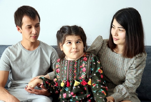 Türkmen ailenin hasta çocukları için tek umudu Türkiye