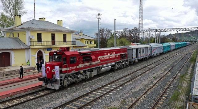 Demir yolu yük taşımacılığında 2023 hedefi 45 milyon ton