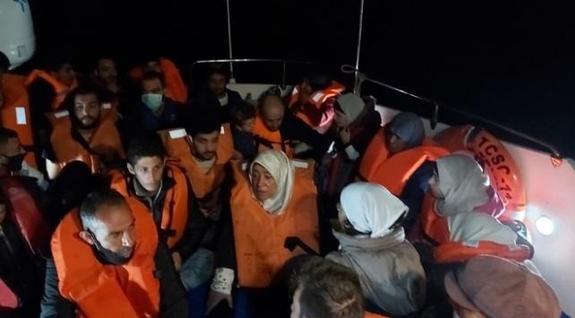 Muğla açıklarında 33 sığınmacı kurtarıldı