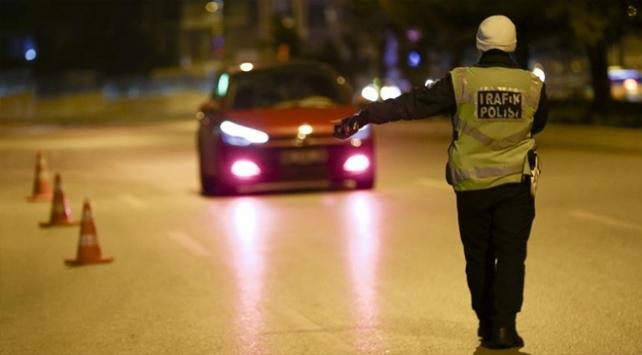 Yurt genelinde 1293 araç trafikten men edildi