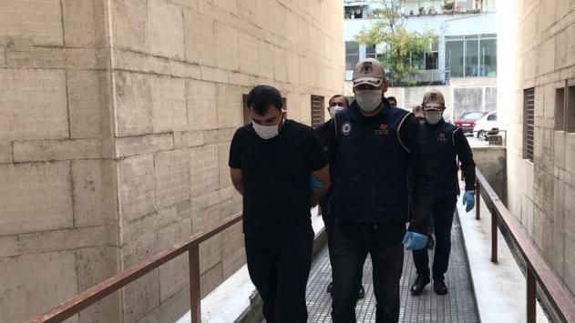 Bursada uyuşturucuyla yakalanan zanlının evinde el bombası bulundu