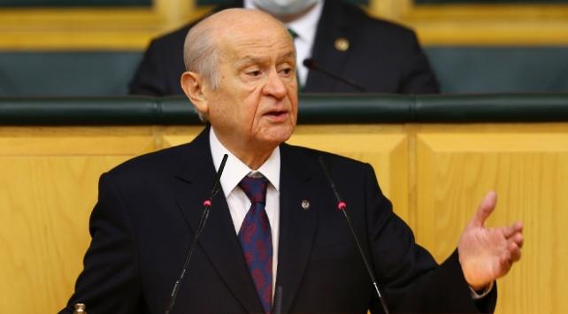 Bahçeli: Türkiye Cumhuriyeti, sokak serserilerine teslim edilmeyecek