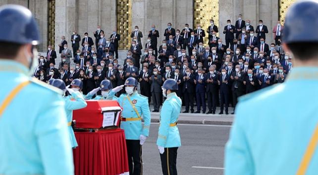 Eski Sağlık Bakanı Durmuş için Mecliste tören düzenlendi