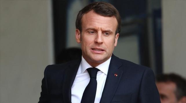Güney Afrikalı akademisyen, gazeteci ve siyasetçilerden Fransaya sert tepki