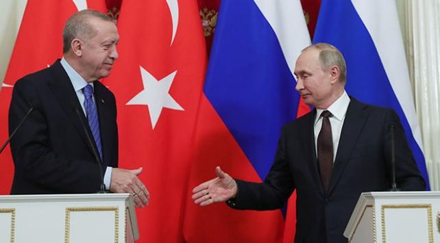 Erdoğan ve Putin İdlib ile Karabağı görüştü