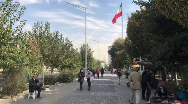 İranda son 24 saatte 415 kişi COVID-19dan hayatını kaybetti
