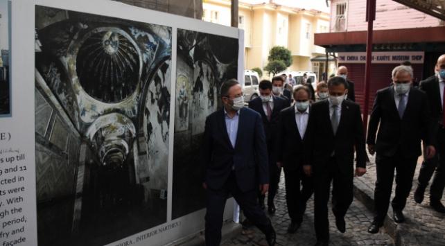 İstanbul Valisi Yerlikaya Kariye Camisinde incelemede bulundu