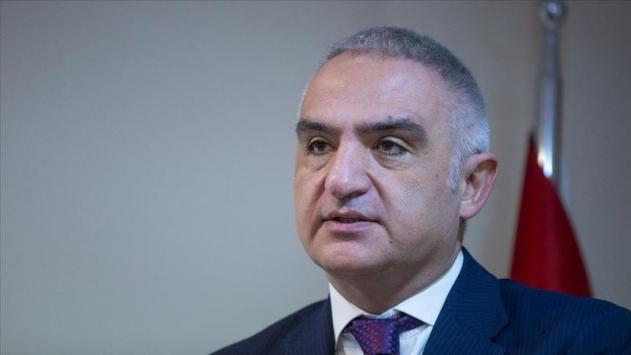 Bakan Ersoy, Cumhurbaşkanlığı Kültür ve Sanat Büyük Ödüllerine layık görülenleri kutladı