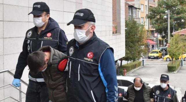 Eskişehirde uyuşturucu operasyonu: 5 tutuklama