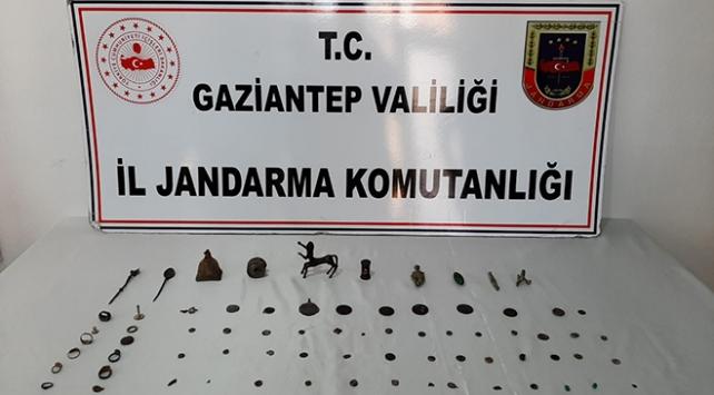 Gaziantepte tarihi eser kaçakçısı suçüstü yakalandı