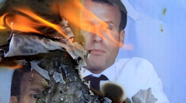 Fransada Macron istifa sesleri yükseldi