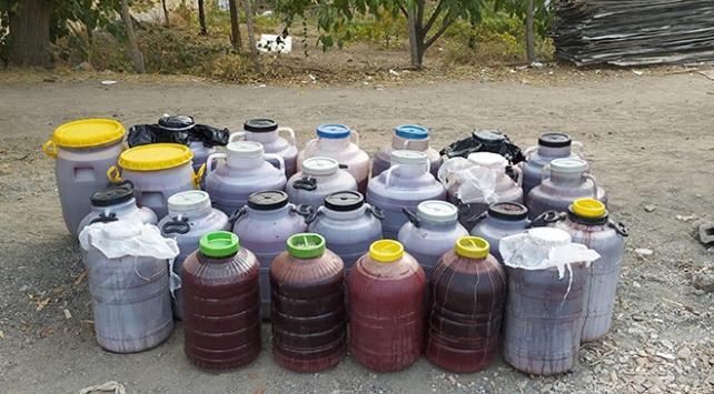 Elazığda 1050 litre kaçak içki ele geçirildi: 2 gözaltı
