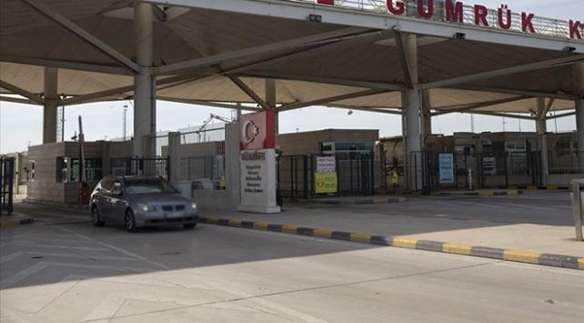 Yurt dışındaki Türk vatandaşlarının araçları için izin süresi uzatıldı