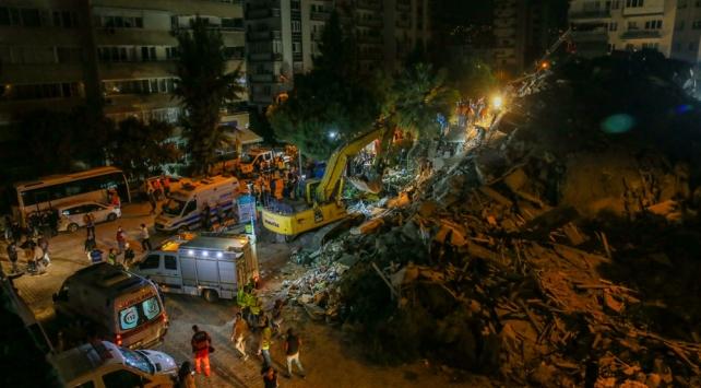 İzmir'deki depremde can kaybı 21'e yükseldi