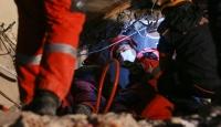 3 kişi daha enkazdan sağ olarak kurtarıldı