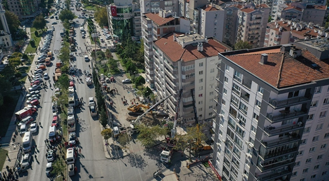 İzmirde 3 Kuran kursu evlerine giremeyen vatandaşlara açıldı