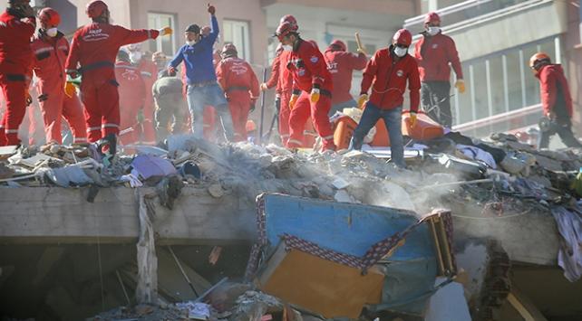 Kılıçaroğlu ve Akşener deprem bölgesinde inceleme yaptı