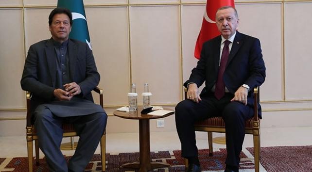 Cumhurbaşkanı Erdoğan Pakistan Başbakanı ile görüştü