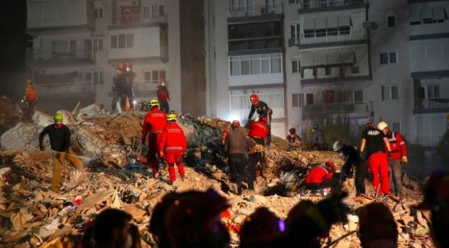 İzmirdeki depremde can kaybı 44e yükseldi