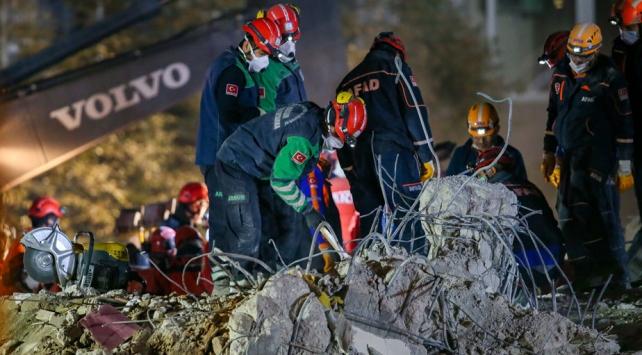 İzmirde can kaybı 110a yükseldi