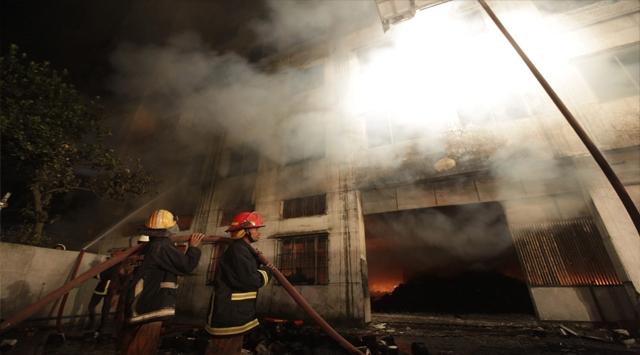 Bangladeşte Korkunç Yangın: 120 Ölü