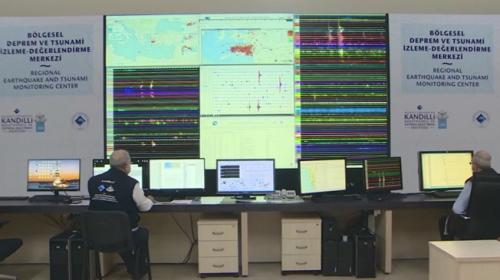 Kandilli Tsunami İzleme Merkezi kapılarını TRT Haber'e açtı