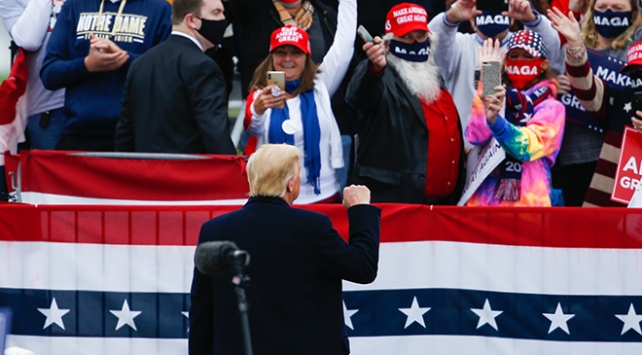 Trump, Pensilvanyada yarışı önde götürüyor