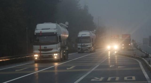 Bolu Dağında sis ulaşımı olumsuz etkiliyor