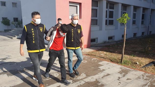 Adanada otomobil ve evlerden hırsızlık yaptığı iddia edilen zanlı tutuklandı