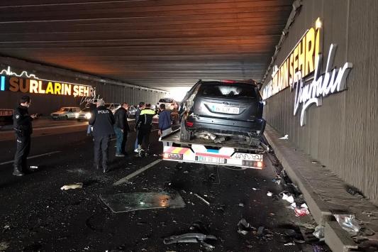 Diyarbakırda zincirleme trafik kazası: 6 yaralı
