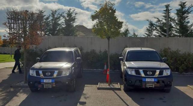 Kosovada istifa eden Cumhurbaşkanı Thaçinin evine polis baskını