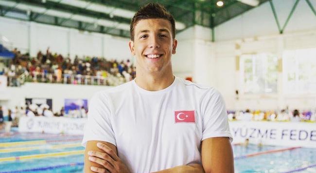 Milli yüzücü Emre Sakçı bir yarış daha kazandı