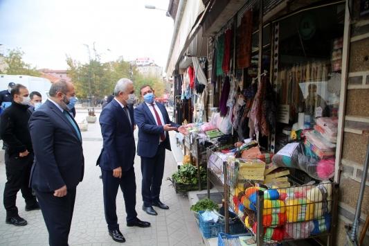 """Kastamonu Valisi Çakır: """"Hasta olduğunu bile bile ziyaret yapan vatandaşlarımız var"""""""