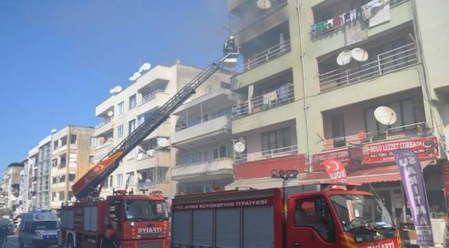 Aydında yangın: 1 ev kullanılamaz hale geldi