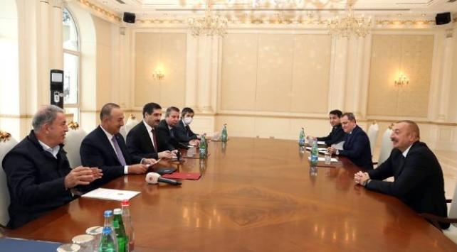 Azerbaycan Cumhurbaşkanı Aliyev, Çavuşoğlu ve Akarı kabul etti