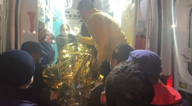 Saros Körfezinde balıkçı teknesi battı: 2 kayıp