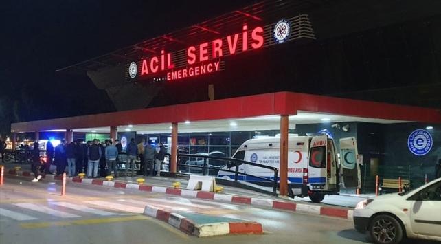 İzmirde otomobilin çarptığı yaya hayatını kaybetti