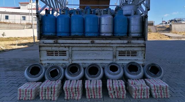 Vanda mutfak tüplerinde 105 kilogram eroin ele geçirildi
