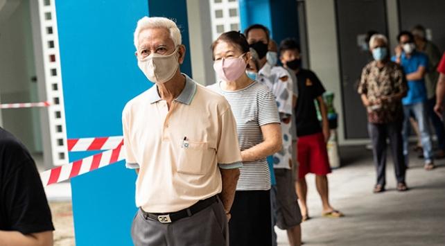 Singapurun ikliminde öksürük, virüsü 6,6 metreye kadar taşıyabiliyor