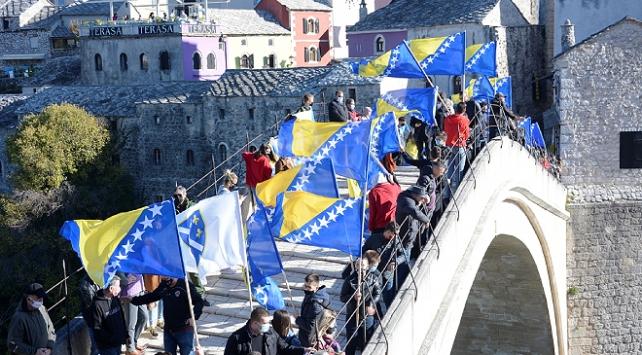 Mostar Köprüsünün yıkılışının 27. yılında anma töreni düzenlendi