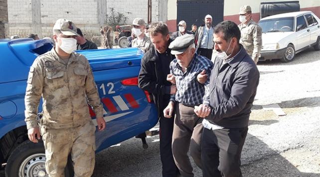 Gaziantepde kaybolan yaşlı adamı jandarma buldu