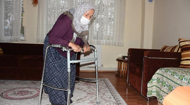 90 yaşında koronavirüsü yenen Fati Nane: Böyle hastalık ve ağrı görmedim
