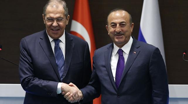 Dışişleri Bakanı Çavuşoğlu, Lavrov ile Yukarı Karabağı görüştü