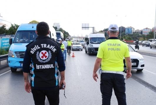 Denetimlerde 1394 kişinin ehliyeti geçici olarak geri alındı