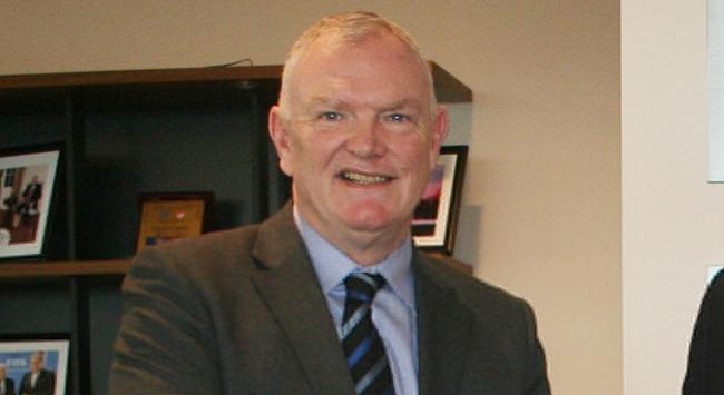 İngiltere Futbol Federasyonu Başkanı Clarke istifa etti